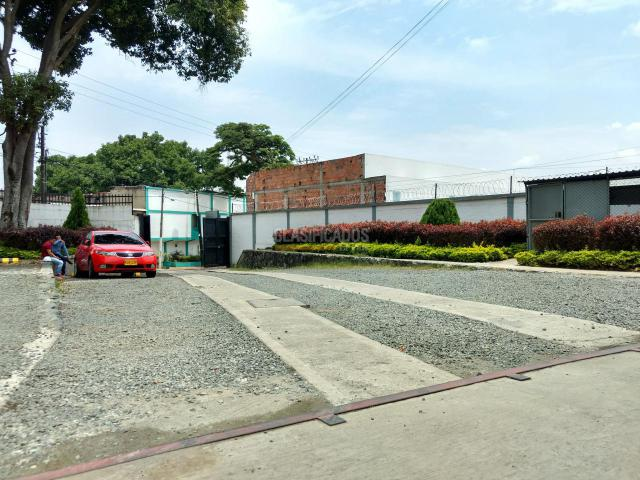Locales y Bodegas, Alquiler, Yumbo - $9.000.000