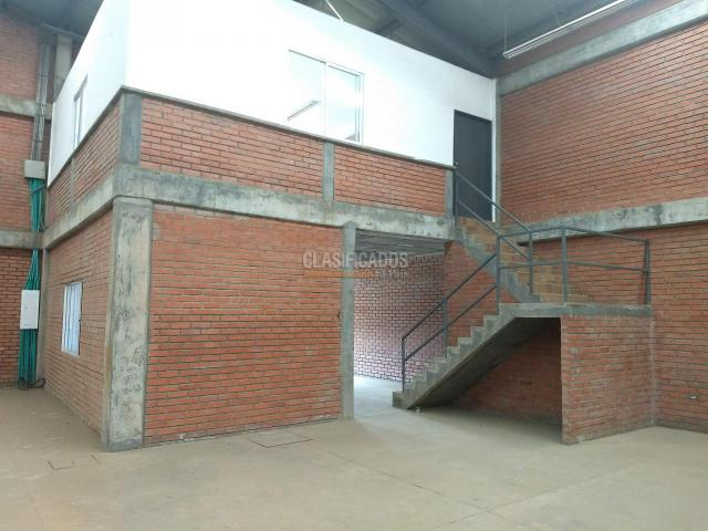 Locales y Bodegas, Alquiler, Yumbo - $8.000.000