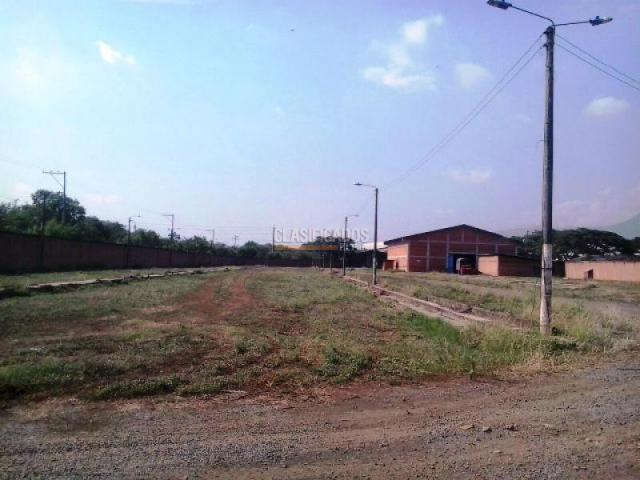Lotes, Alquiler, Acopi - $30.000.000