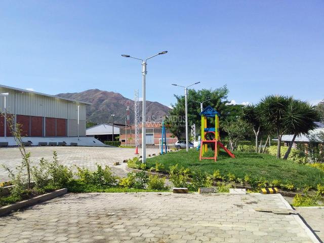 Locales y Bodegas, Alquiler, Yumbo - $1.500.000